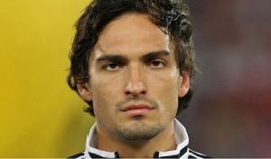 胡梅尔斯申请转会至拜仁